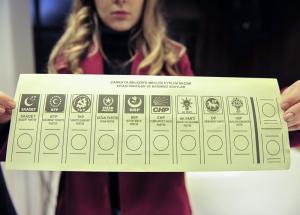 31 Mart yerel seçimlerde kullanılacak oy pusulaları belli oldu.