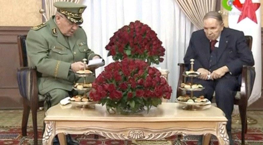 Genelkurmay Başkanı Salah veButeflika