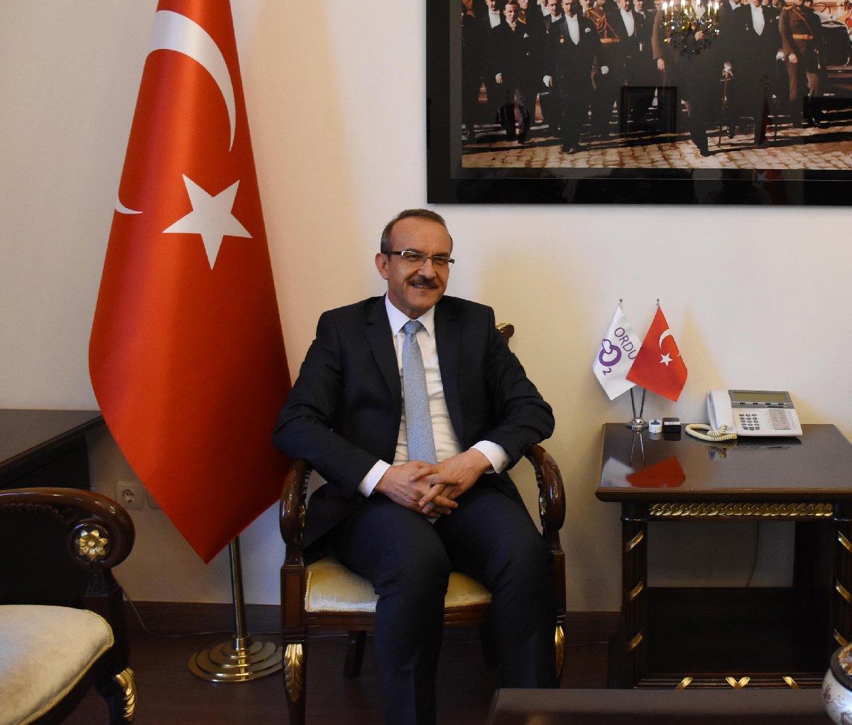 Vali Seddar Yavuz iddialarla ilgili henüz bir açıklama yapmadı.