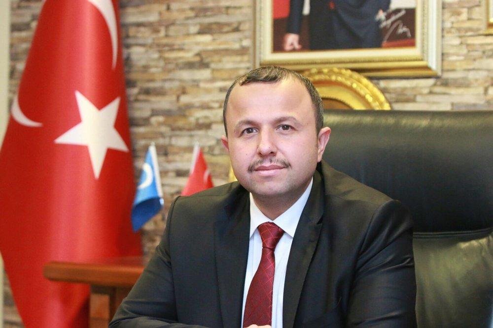 AKP Antalya İl Başkanı İbrahim Ethem Taş