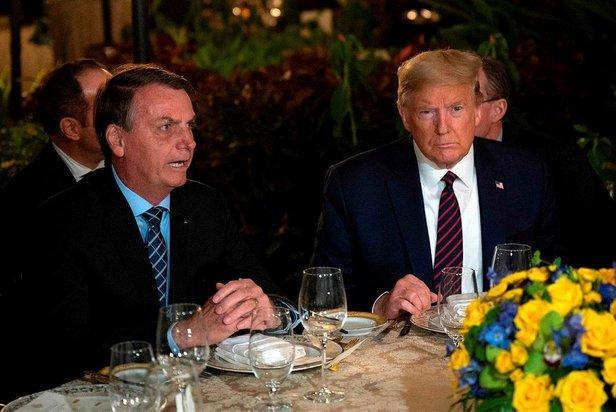 Brezilya Devet Başkanı Jair Bolsonaro ve ABD Başkanı Donald Trump.