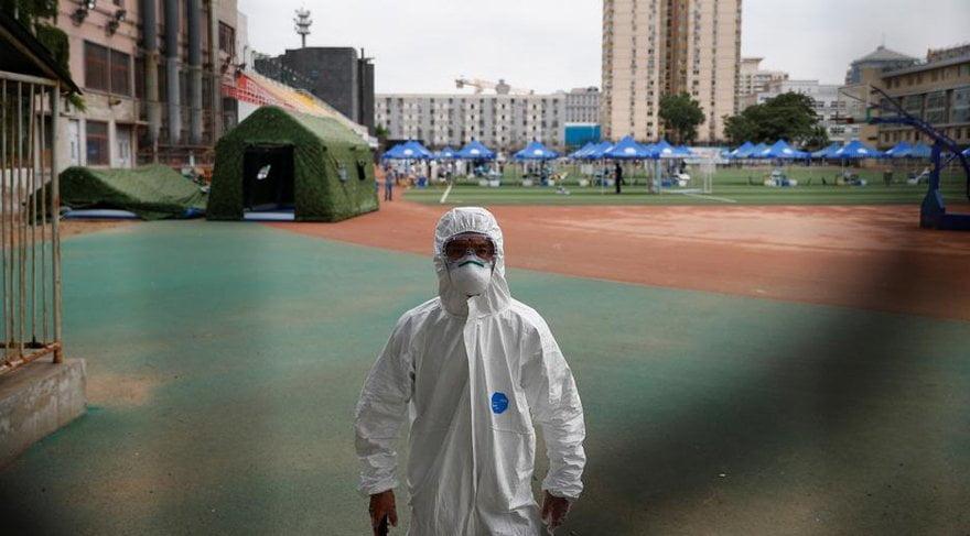 Corona virüsü vakalarındaki artış sonrası başkent Pekin'de önlemler artırıldı.