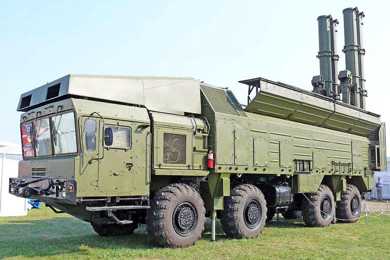Iskander-K normal Iskander'den farklı olarak R-500 seyir füzelerini kullanmaktadır ve kullanılan kanister ile ayırt edilebilmektedir